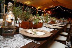 boda campestre, vintages, bajo plato, wedding, Field Wedding, servilletas, flow, centros de mesa, flowers. flores, romero, evento