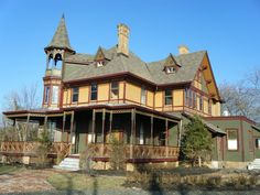 These Real Haunted Houses Are Actually For Sale. Lets buy one and spend the night there for kicks!! Could be fun! The Kreishcher Mansion in Staten Island is supposedly haunted by Lady Kreishcer who is still mourning her husband Edwin (who shot himself in the head). The Kreischer family once paid their butler to kill a business associate as well. Be a part of that history for just $2,499,000.