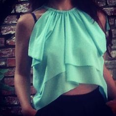 Double layer cropped top DIY. Want to make your own?  http://www.whenpoppymetdaisy.com