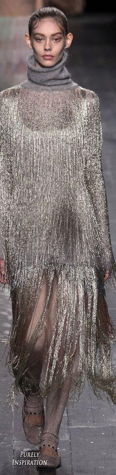 Valentino FW2016 Women's Fashion RTW | Purely Inspiration
