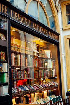 Parisian bookstore; j'adore
