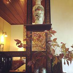 #boutiquehomes #sunnymead #chineseart #travelforfood #homeinteriors #housebeautiful #tapestryart #bedandbreakfast #cloisonné #wallmirrordecor #antiquecollectibles #antiques #incredibleindia #indiaholiday #indiadecorstyle #indiatravelgram #weekendbreaksfromdelhi
