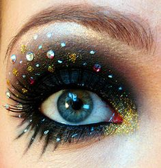Space galaxy eyes make up Makeup Art, Beauty Makeup, Hair Makeup, Hair Beauty, Makeup Eyes, Fun Makeup, Exotic Makeup, Unique Makeup, Amazing Makeup