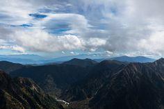 【西穂独標 田代池】登山百景-遠くに富士山が見える