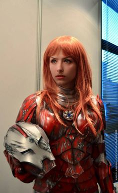 Impressive Pepper Potts In Iron Man Armor Cosplay Pepper Potts, Marvel Cosplay, Amazing Cosplay, Best Cosplay, Iron Man Armor, Hottest Redheads, Cosplay Tutorial, Redhead Girl, Geek Girls