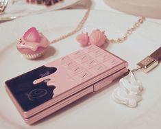 pink, cute, and kawaii imageの画像 Kawaii Accessories, Phone Accessories, Desu Desu, Retro Phone, Flip Phones, Old Phone, Best Phone, Jolie Photo, Decoden