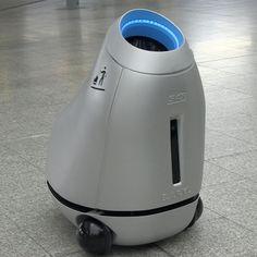 Expérimentation de B.A.R.Y.L, le robot poubelle SNCF