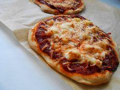 teljes kiőrlésű expressz pizza (élesztős) - sugarfree dots Vegetable Pizza, Sugar Free, Vegetables, Blog, Diet, Vegetable Recipes, Blogging, Veggies