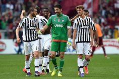 Gianluigi Buffon bat un record d'invincibilité avec 973 minutes sans encaisser de but http://gianluigibuffon.forumo.de/post72384.html#p72384