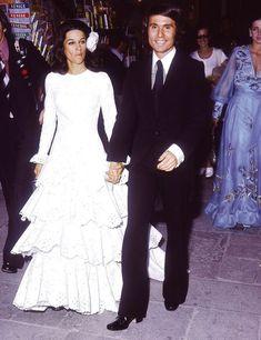 Raphael y Natalia Figueroa- RevistaDiezminu Felix Rodriguez, Francisco Fernandez, Hollywood, Old Magazines, Celebrities, Vintage, Dresses, Brides, Fantasy