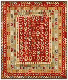 """KILIM HERAT 292x249. Alfombra Kilim Herat. Kilim Herat. Kilim anudado a mano con lana autóctona por las tribus """"turkemanas"""" en el norte de Afganistán. Los diseños utilizados son bellas estilizaciones de formas tradicionales como el """"boteh"""", octogonos, rombos engarzados... Kilims, Carpets, Lana, Abstract, Rugs, Home Decor, Kilim Rugs, Norte, Shapes"""