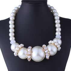 Elegant Resin Big Faux Pearl Chain Clothing Accessories Women Chokers Jewelry Necklace