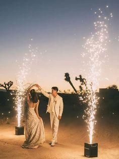 Bride and groom dancing in between sparkler displays Wedding Roles, Wedding Bride, Wedding Dreams, Joshua Tree National Park, National Parks, Honeymoon Style, Great Gatsby Wedding, Wedding Activities, Marry You