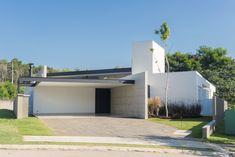 Image 1 of 33 from gallery of Jabuticabeiras House / Ricardo Ropelle Felippi Arquiteto. Photograph by Estúdio Duplo – Marília Scarabello Contemporary Architecture, Architecture Design, Sliding Windows, Urban Life, Condominium, Terrace, Entrance, Living Spaces, Floor Plans