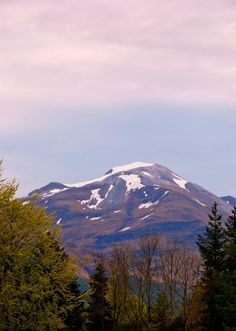 Mullach nan Coirean by Gareth Thomas - Taken from the Glen Nevis Campsite