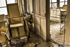 Abandoned Hospitals - Wheelchair Jordy Meow
