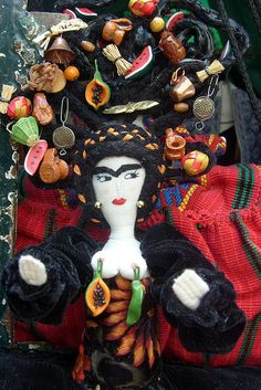 Homenaje a Frida Kahlo by José Lira, via Flickr