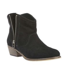 Steve madden boots, my next buy!