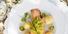 Ugnsbakad torskrygg med sparrisrisotto och dillmarinerade tomater - Viva vin o mat Frisk, Alsace, Avocado Toast, Risotto, Tacos, Mexican, Breakfast, Ethnic Recipes, Food