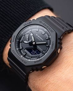 What Are Heart Rate Monitor Watches? G Shock Watches Mens, Casio G Shock, Sport Watches, Cool Watches, Watches For Men, Dream Watches, Wrist Watches, Luxury Watches, Fashion Watches