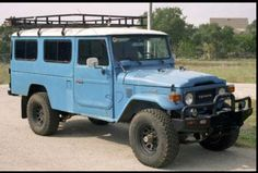 Toyota land cruiser FJ 45, makes me all tingly in my lady parts.