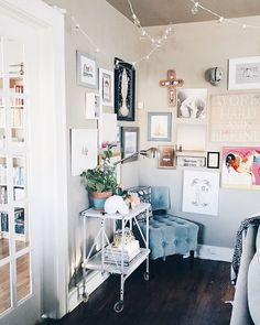 Explore #AHomemadeHome with @brittanyviklund NAME: Brittany Viklund HOME: Oklahoma City, OK MAKER OF: Watercolor designs & illustrations HOME IS: Where the ratio of animals to humans is double (we have three cats & one puppy, all of which were rescued).