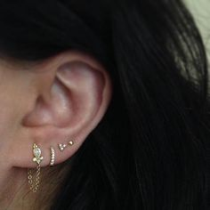 Piercing Ideen Delicate is in the details. Featured jewelry: Diamond Delia and Dangle 1 Chain Wrap Diamond Trinity and our Diamond Eternity. Cute Piercings, Septum Piercings, Piercing Tattoo, Ear Piercing, Maria Tash, Eternity Ring Diamond, Diamond Are A Girls Best Friend, Fine Jewelry, Jewellery