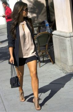 Kim Kardashian - Kim Kardashian Out For Lunch In Beverly Hills Look Kim Kardashian, Estilo Kardashian, Fashion Mode, Look Fashion, Fashion Trends, Kim K Style, Mode Style, Looks Chic, Looks Style