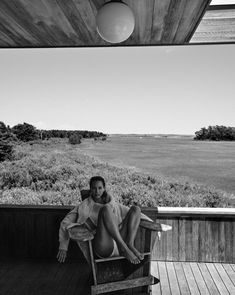 There is a story behind every place and every region. Artistic Photography, White Photography, Portrait Photography, Summer Photography, Fashion Photography, Black And White Instagram, Black N White, Christy Turlington, White Aesthetic