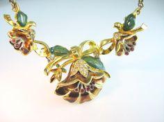 Coro Necklace. Flower Jewelry. 1939 Adolph Katz by bohemiantrading