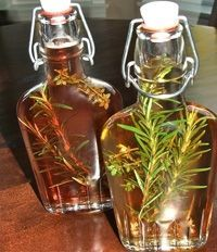 Delicious herbed vinegar with herbs fresh from your garden make a great addition to any meal and a great gift too! Spices And Herbs, Fresh Herbs, Vinegar Uses, Infused Oils, Gourmet Gifts, Ball Jars, Spice Blends, Garden Gifts, White Wine Vinegar