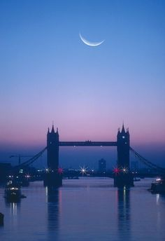 England, London, Moon Rising Over River Thames (digital Composite) Canvas Print… England And Scotland, England Uk, London England, England Winter, Oxford England, Cornwall England, Yorkshire England, Yorkshire Dales, London Skyline