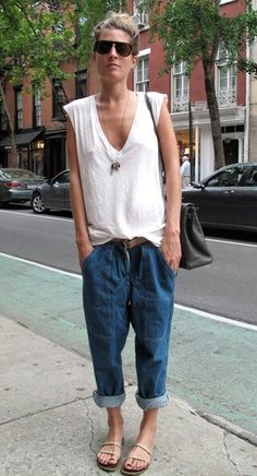 Super baggy boyfriend jeans with white tee.