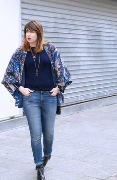 The librarian chic - Blog Mode Beauté Lifestyle à Paris - kimono - winter - blue