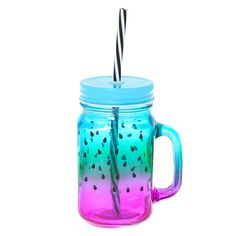 This mason jar cup will have you sippin' on summer with the adorable watermelon design. Fill it up with your favorite drink at home or at the beach and enjoy. Mason Jar Cups, Watermelon Designs, Grey Bedroom Decor, Custom Starbucks Cup, Unicorn Fashion, Cute Water Bottles, Cute Baby Bunnies, Kawaii Room, Cute School Supplies
