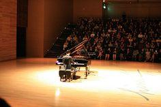 Pianist Photo larique https://www.flickr.com/photos/larique/ Via RVJ [ @radio.video.jazz ]