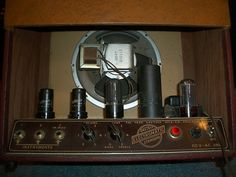 A vintage 1951 Gretsch Electromatic Standard 1x8 tube combo amp. Very few of these early Gretsch amps were made, and they are exceedingly rare. This amp appears to be entirely original and in very good cosmetic and functional condition. This amplifier sounds great and can p...