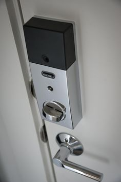 The HGTV Smart Home 2015 front door comes equipped with a smart lock deadbolt. This can be opened remotely or the homeowner can program up to 19 passcodes, making the smart lock especially efficient. Wireless Home Security, Smart Home Security, Home Security Systems, Security Gadgets, House Security, Security Technology, Wall E, Best Home Automation, Secret Storage
