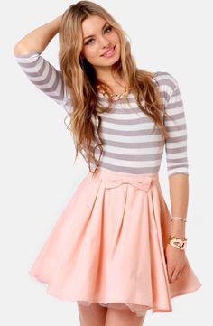 I like how the skirt kinda flows out.