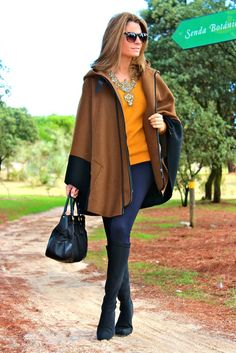 Fashion and Style Blog / Blog de Moda . Post: Fall colors / Colores de otoño .More pictures on/ Más fotos en : http://www.ohmylooks.com/?p=20016 .Llevo/I wear: Cape : Zara (New Collection) ; Jersey : Zara (New collection) ; Necklace : Zara (New Collection) ; Leggings : Bershka (push up model); Sunglasses : Mango ; Bag : Prada ; Boots : Pilar Burgos (New Collection