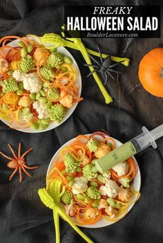 A creepy healthy Halloween side dish, Freaky Halloween Salad will delight with odd shapes, cool colors and a delicious green dressing served in sryinges! Healthy Halloween, Halloween Foods, Halloween 2020, Spooky Halloween, Halloween Ideas, Halloween Party, Salad Recipes, Healthy Recipes, Veggie Recipes