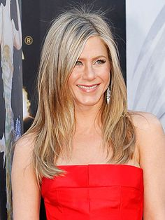 Jennifer Aniston Hairstyle 2013 - I have always loved her look!