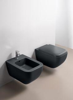 Sanitari sospesi collezione Shui color BASALTO, design Paolo D'Arrigo for CIELO. #bathroom #design #colour #ceramicacielo