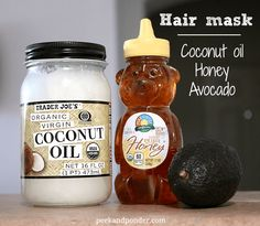 5 easy DIY hair masks that can be made with a few items in your kitchen! Each recipe contains 3 ingredients or less. These masks are perfect for dry hair.