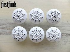 6 Star Knobs Painted Shabby Chic White Kitchen by Firstfinds