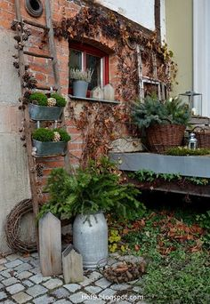 Hello my dears, today I again, as always a little too late, with the Adven … - Diy Garden Projects Garden Cottage, Garden Art, Garden Design, Home And Garden, Diy Jardin, Olive Garden, Garden Images, Balcony Garden, Garden Planters