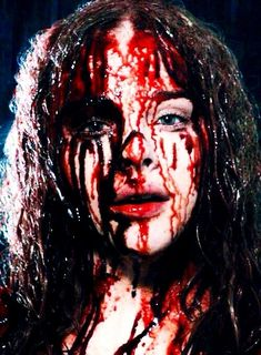 Chloe Grace Moretz in the film 'Carrie' Horror Icons, Horror Art, Scary Movies, Horror Movies, Ghost Movies, Awesome Movies, Chloë Grace Moretz, Carrie White, Blood Art