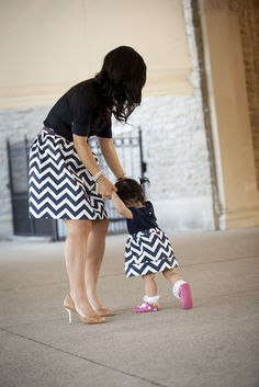 SewPetiteGal: Mother-Daughter Chevron Pleated Skirts