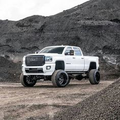 Blacked out white lifted gmc Denali duramax diesel Lifted Chevy Trucks, Gm Trucks, Jeep Truck, Cool Trucks, Truck Camping, Lifted Duramax, Diesel Pickup Trucks, Tundra Truck, Lifted Tundra