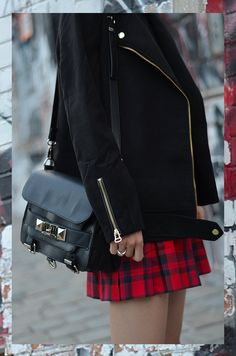 Beeswonderland: Tartan skirt on Buckle Ankle Boots, Best Mom, Tartan, Catwalk, Chic, Skirts, How To Wear, Jackets, Outfits